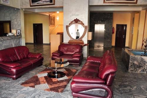 Ayalla Hotels Ltd, AbujaMun