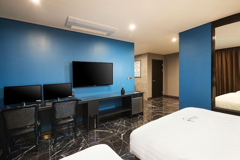ホテル ブティック 9 ヌンドン