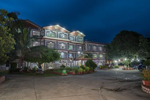 Avocado & Orchid Resort, Narayani