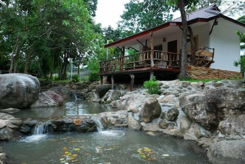 Lundaresort & Orchid, Suan Phung