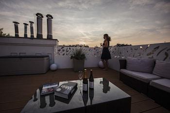 Panoramic Penthouse, City View