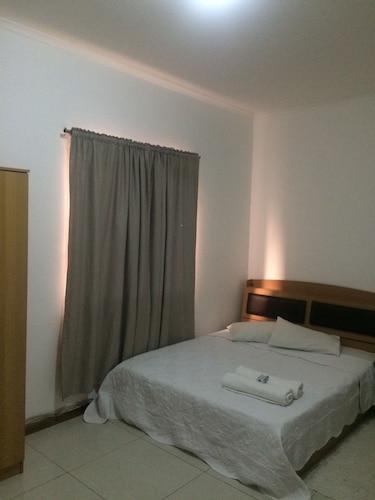 Apart Hotel 9, Maianga