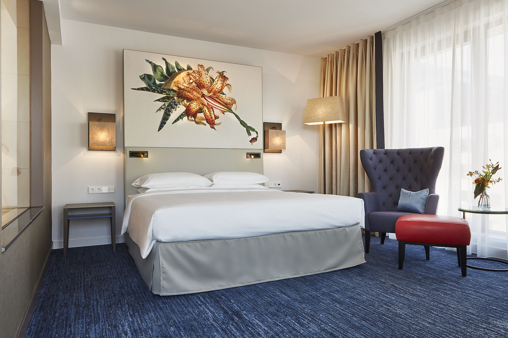 Deluxe Room, 1 King Bed (Club Access)