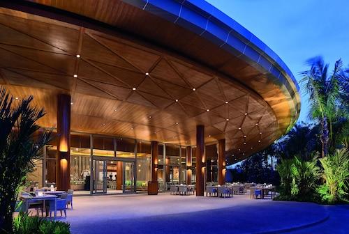 Splash Beach Resort by Langham Hospitality Group, Pulau Phuket