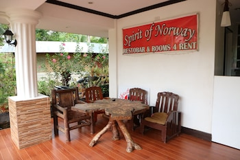 SPIRIT OF NORWAY Lobby Sitting Area