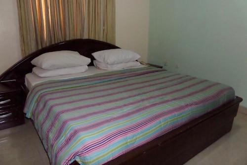 AES Luxury Apartments, Ajeromi/Ifelodun
