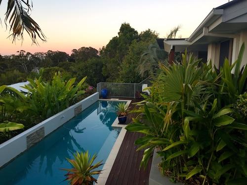 . Sunshine Coast Tropical Getaway