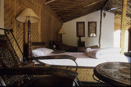 Junglemantra Resorts, Umaria
