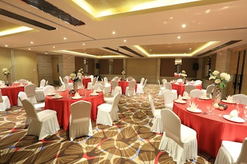 SAVOY HOTEL BORACAY NEWCOAST Ballroom