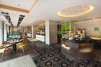 SAVOY HOTEL BORACAY NEWCOAST Restaurant