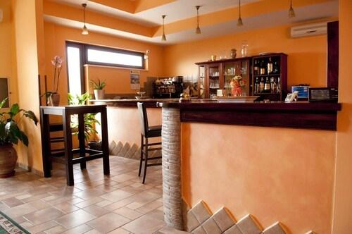 . Hotel Ristorante Villa Pegaso