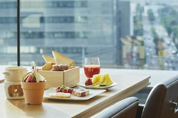 HOTEL THE CELESTINE GINZA Breakfast Meal