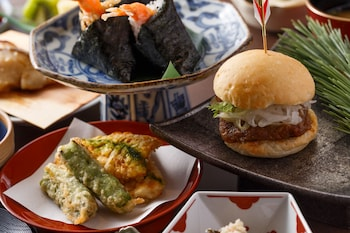 HOTEL THE CELESTINE KYOTO GION Food and Drink