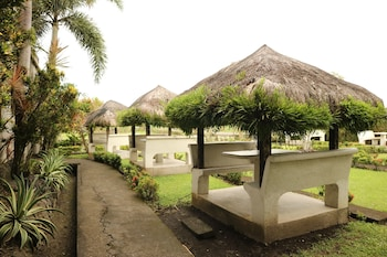 MAYON VIEW GARDEN APARTELLE & RESTAURANT