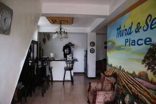 Third & Sean's Place, Legazpi City