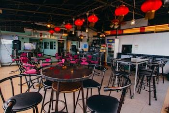 JJ MIDCITY INN Hotel Bar