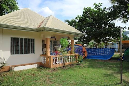 Bohemian Hostel, Panglao