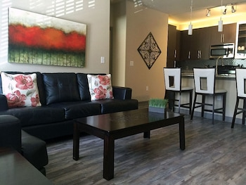 Dallas Luxury Uptown Downtown 2 Bedroom 2 Bath 122 by RedAwning