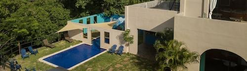 . Hotel Alma Azul