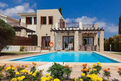 . Aphrodite Hills Golf & Spa Resort Residences - Junior Villas