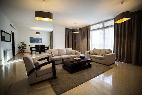 . Kantari Suites