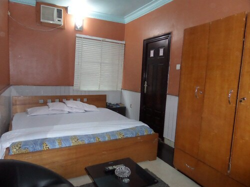 The Baywaters Suites, Ikeja