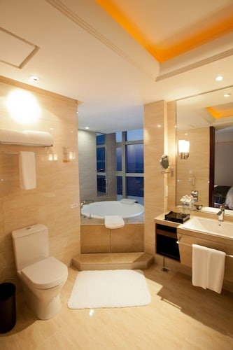 Grand New Century Hotel, Qingdao