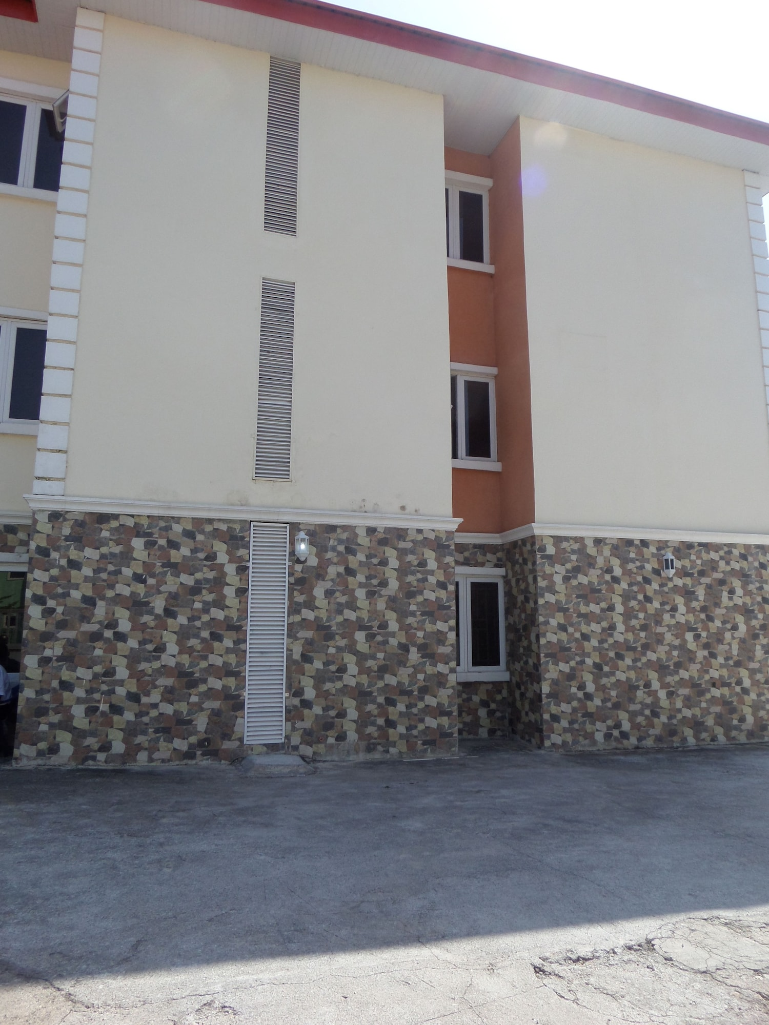 The Venetian Suites, AbujaMun