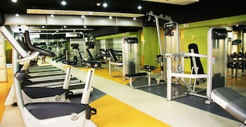 SOLEMARE PARKSUITES CONDO R US Fitness Facility