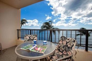 Sugar Beach 520 1 Bedroom Condo by RedAwning
