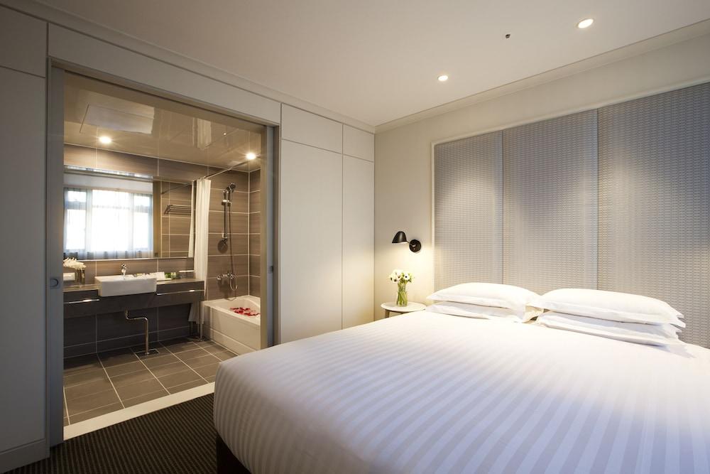 G2 ホテル