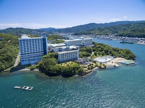 Toba Seaside Hotel, Toba