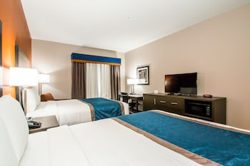 Guestroom at Executive Inn Fort Worth West in Fort Worth