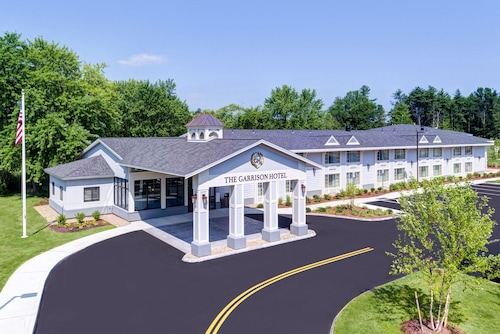 . The Garrison Hotel & Suites Dover-Durham, Ascend Hotel Collection