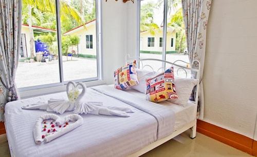 Rim Nam Lomyen Resort, Muang Surat Thani