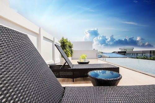 . Karin Hotel & Serviced Apartment