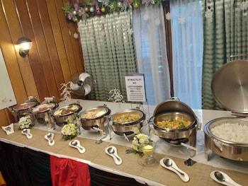 Safari Lodge Baguio Breakfast buffet