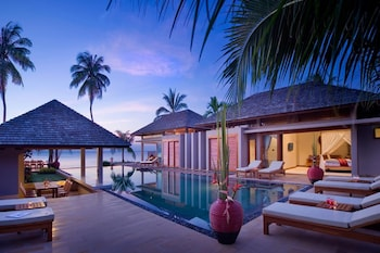 Samara Luxury Beachfront Villa