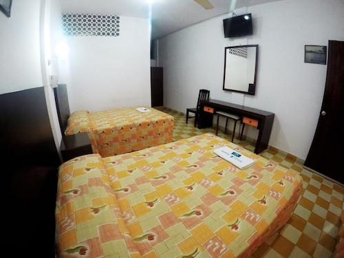. Hotel Acuario Catemaco