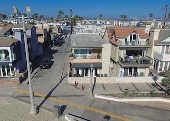 2314 W Ocean Front B 68326 by RedAwning