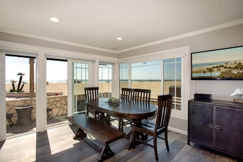 2314 W Ocean Front A 68218 by RedAwning