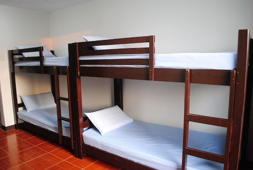 Prima Resort, Las Piñas