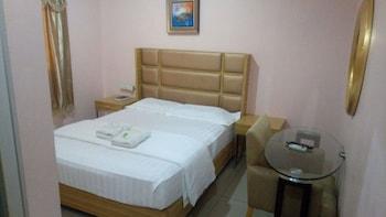 MEACO HOTEL LEGAZPI Guestroom