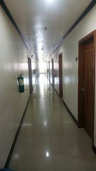MEACO HOTEL LEGAZPI Hallway