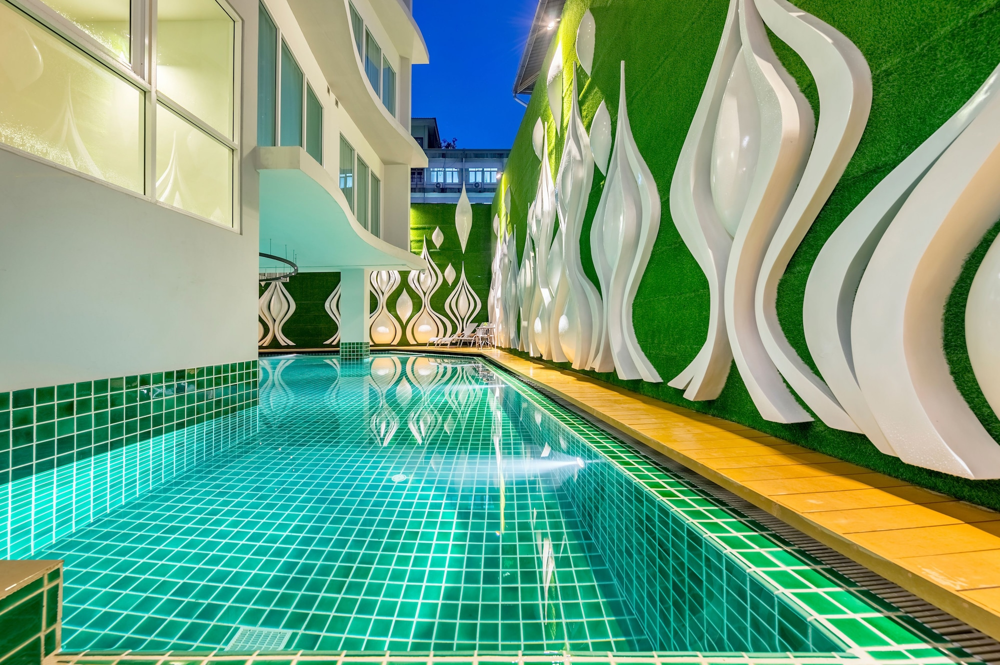 Anajak Bangkok Hotel, Ratchathewi
