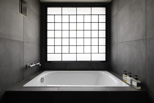 WIRED HOTEL ASAKUSA, Taitō