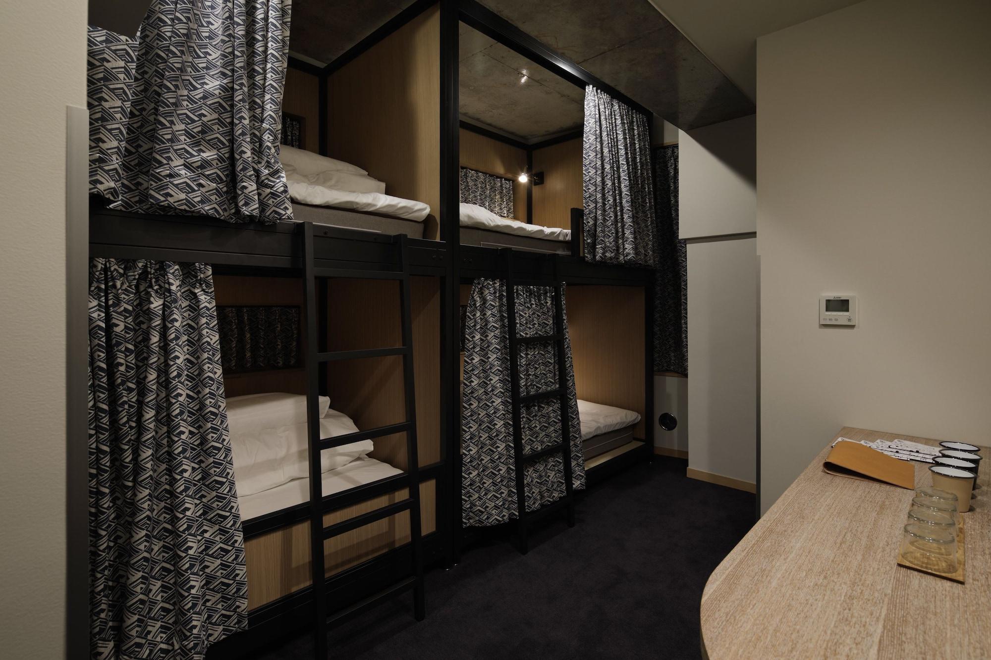 Standard Quadruple Room, Multiple Beds, Non Smoking (Standard Class)