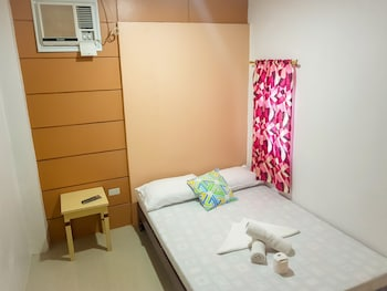 ISLAND HOP NIDO HOSTEL Room