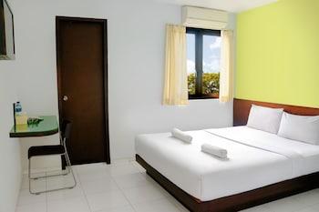 Hotel - LeGreen Suite Ratulangi