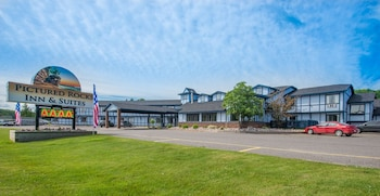 Pictured Rocks Inn & Suites